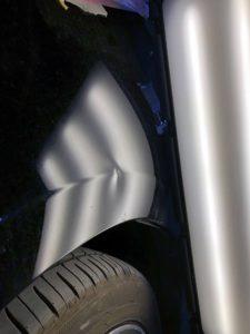 トヨタプリウスデントリペアbefore デントリペア・Tact